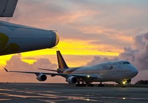 Самолет в аэропорту Пхукета
